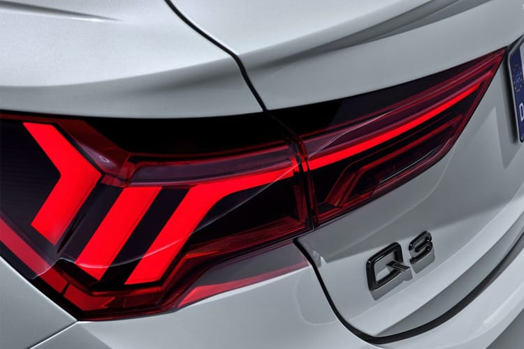 Audi Q3 35 SUV quattro 5Dr 2.0 TDI 150PS Technik 5Dr S Tronic [Start Stop] detail view