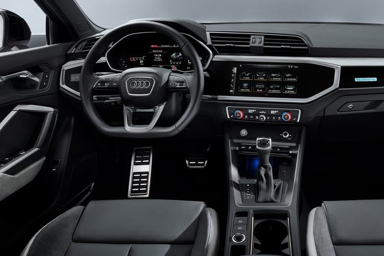Audi Q3 35 SUV quattro 5Dr 2.0 TDI 150PS Technik 5Dr S Tronic [Start Stop] inside view
